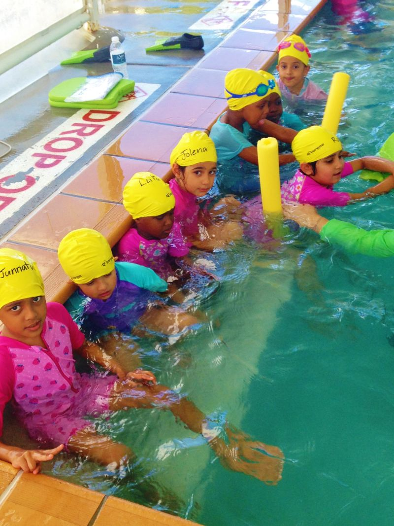 AIIC Little swimmers