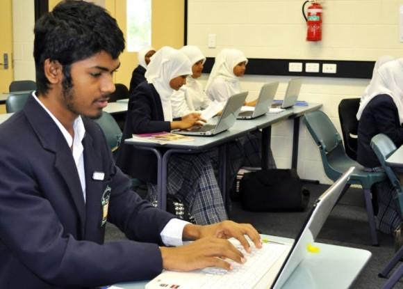 AIIC Seniors with Laptops
